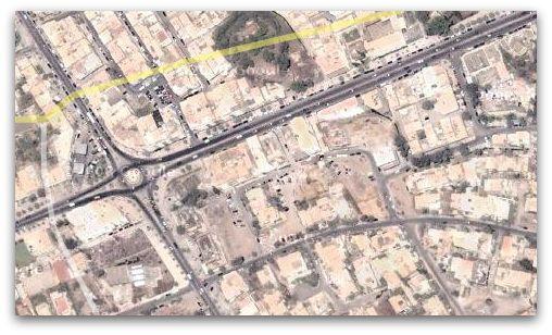 Mettre à jour Google Maps Mettez à jour votre application Google Maps pour pouvoir utiliser des fonctionnalités comme le partage de votre position. Pour utiliser les fonctionnalités les plus récentes de l'application, téléchargez la dernière version de l'appli Google Maps.
